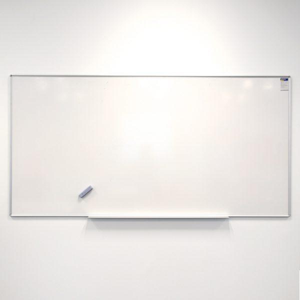 Whiteboard - 1800x1500mm