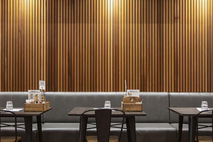 Castelation-Screenclad-Two-Tone-Timber-Wall-Cladding